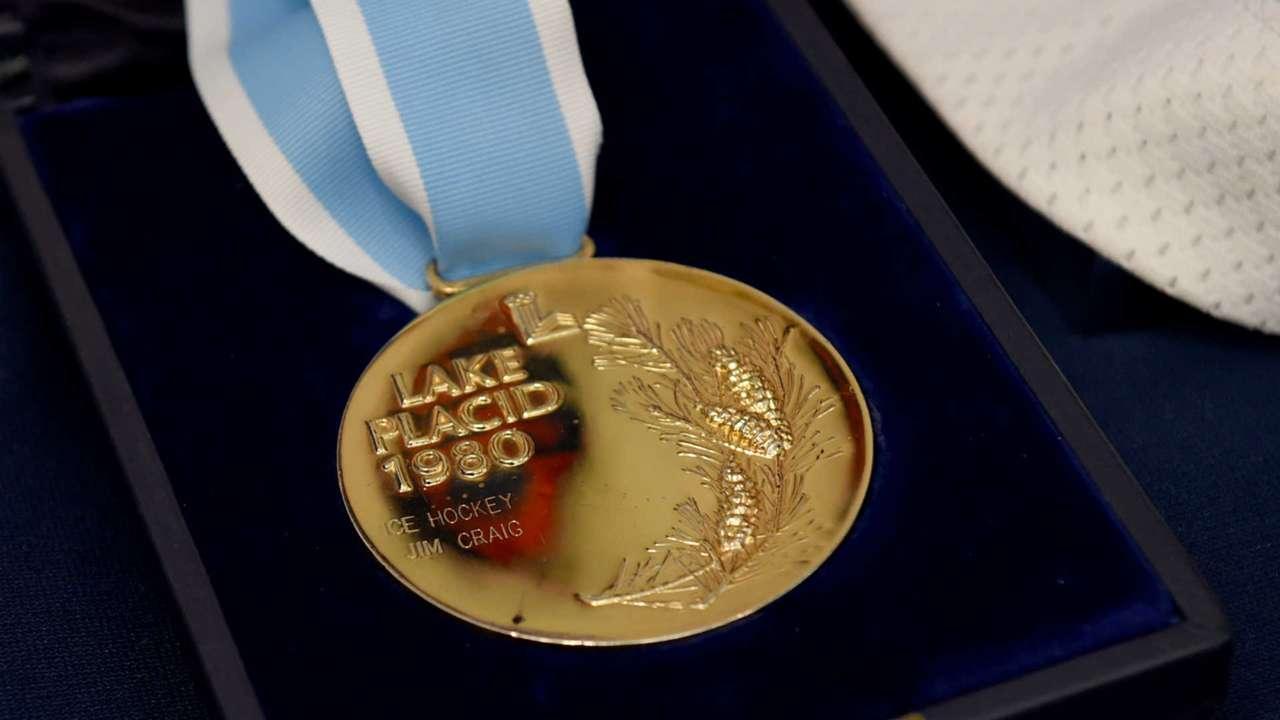 1980-olympic-hockey-gold-102919-getty-usnews-ftr