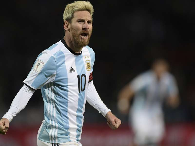 Messi knows 'everything' about football - Bauza