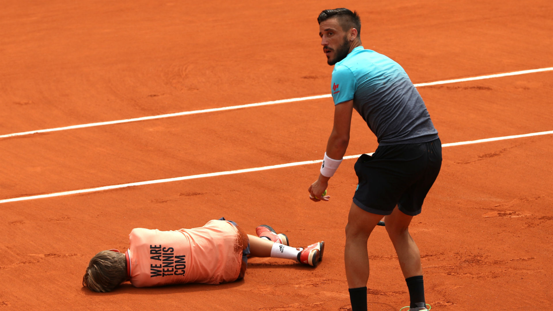 French Open Diary Damir Dzumhur Wipes Out Ball Boy Raging Novak Djokovic Sees Red Mist Sporting News Australia
