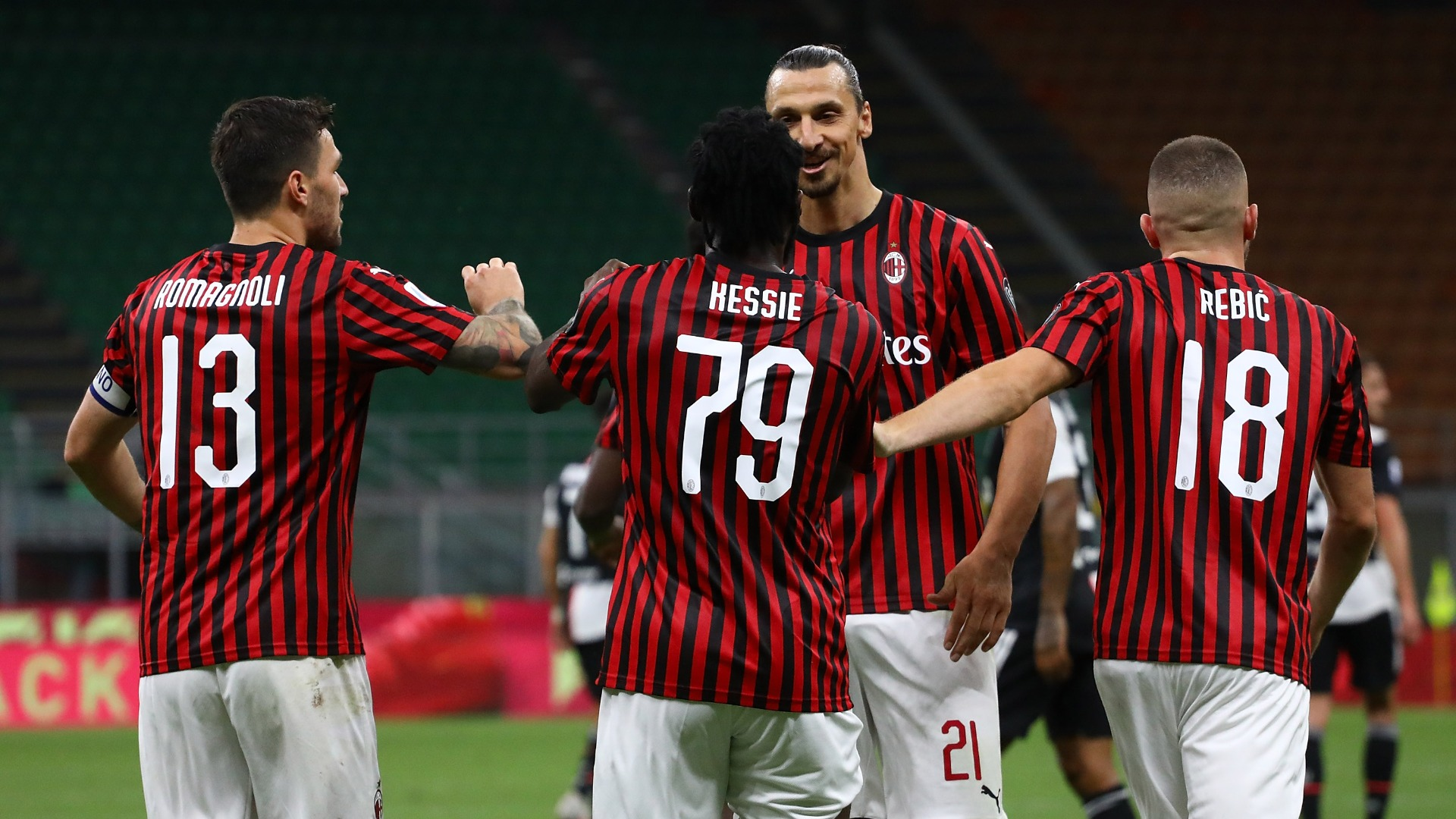 European wrap: AC Milan blitz league leaders Juventus