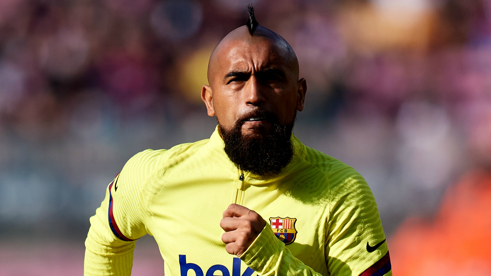 Barcelona midfielder Vidal wants to play for Boca Juniors, claims Medel