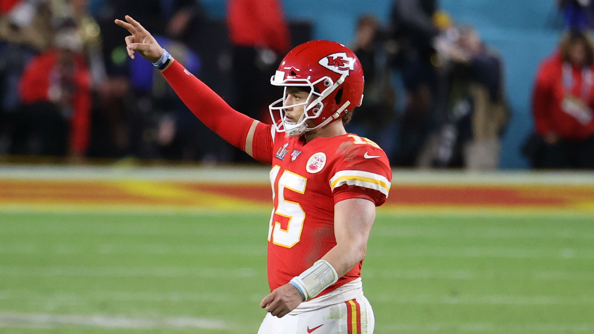 Patrick Mahomes contract: Chiefs CEO says extension talks will begin this summer 1