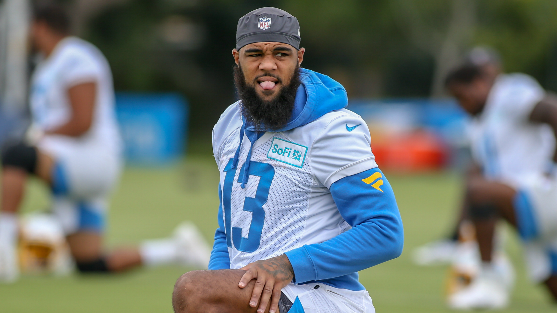 Chargers WR Keenan Allen signs extension reportedly worth more than M