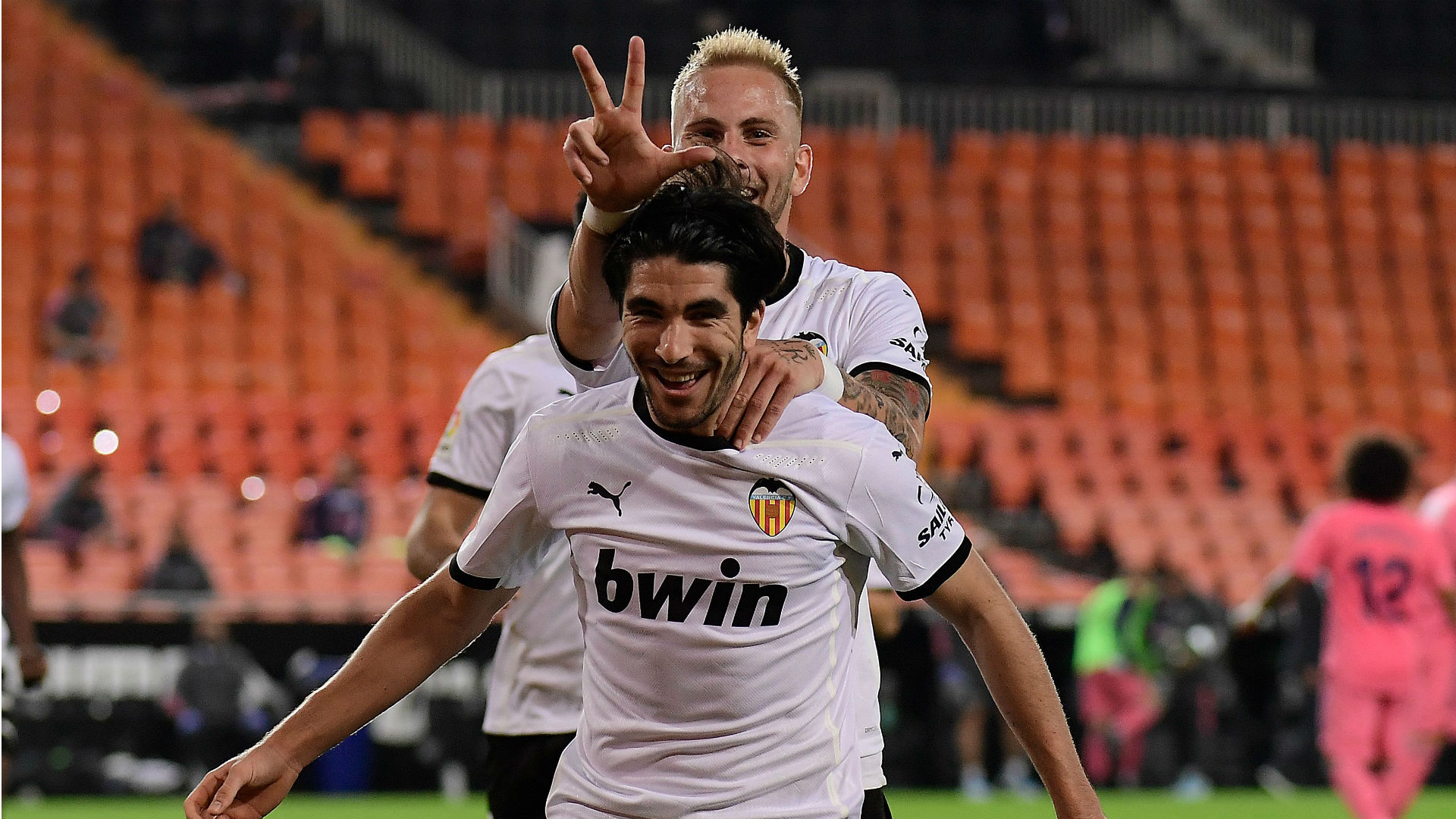 Valencia 4-1 Real Madrid: Soler's hat-trick of penalties tumbles woeful Blancos