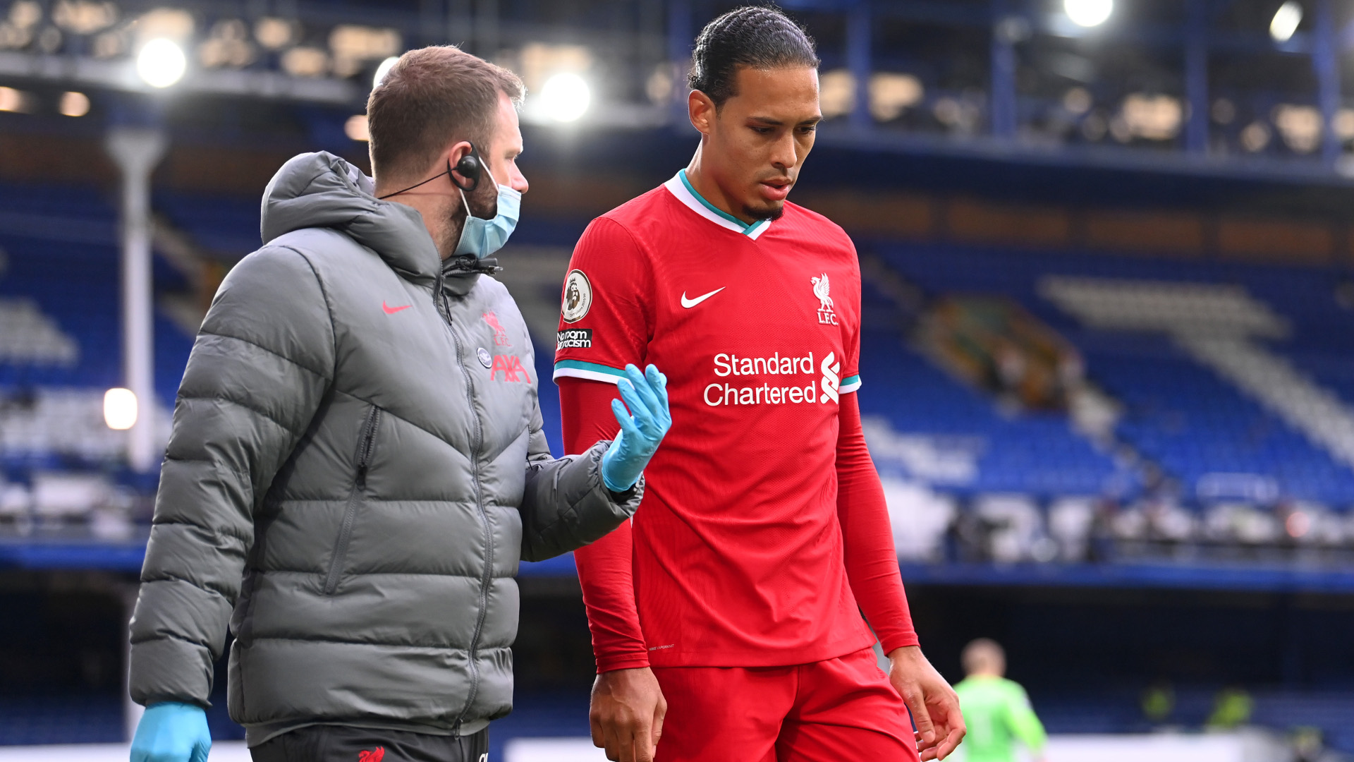 Liverpool boss Klopp offers Van Dijk recovery update after encouraging training videos