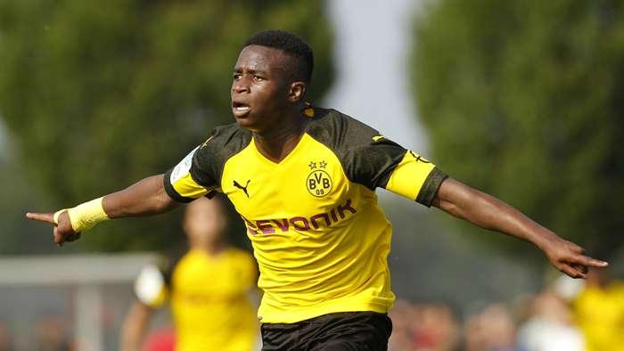Youssoufa Moukoko Borussia Dortmund 06102018