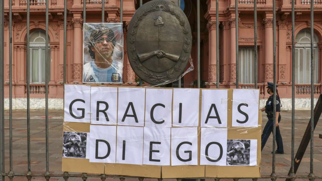 Maradona tributes - cropped