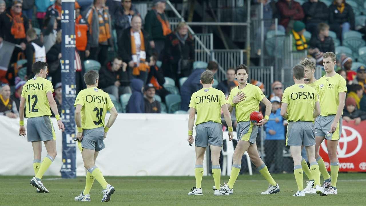 #AFL umpire umpires