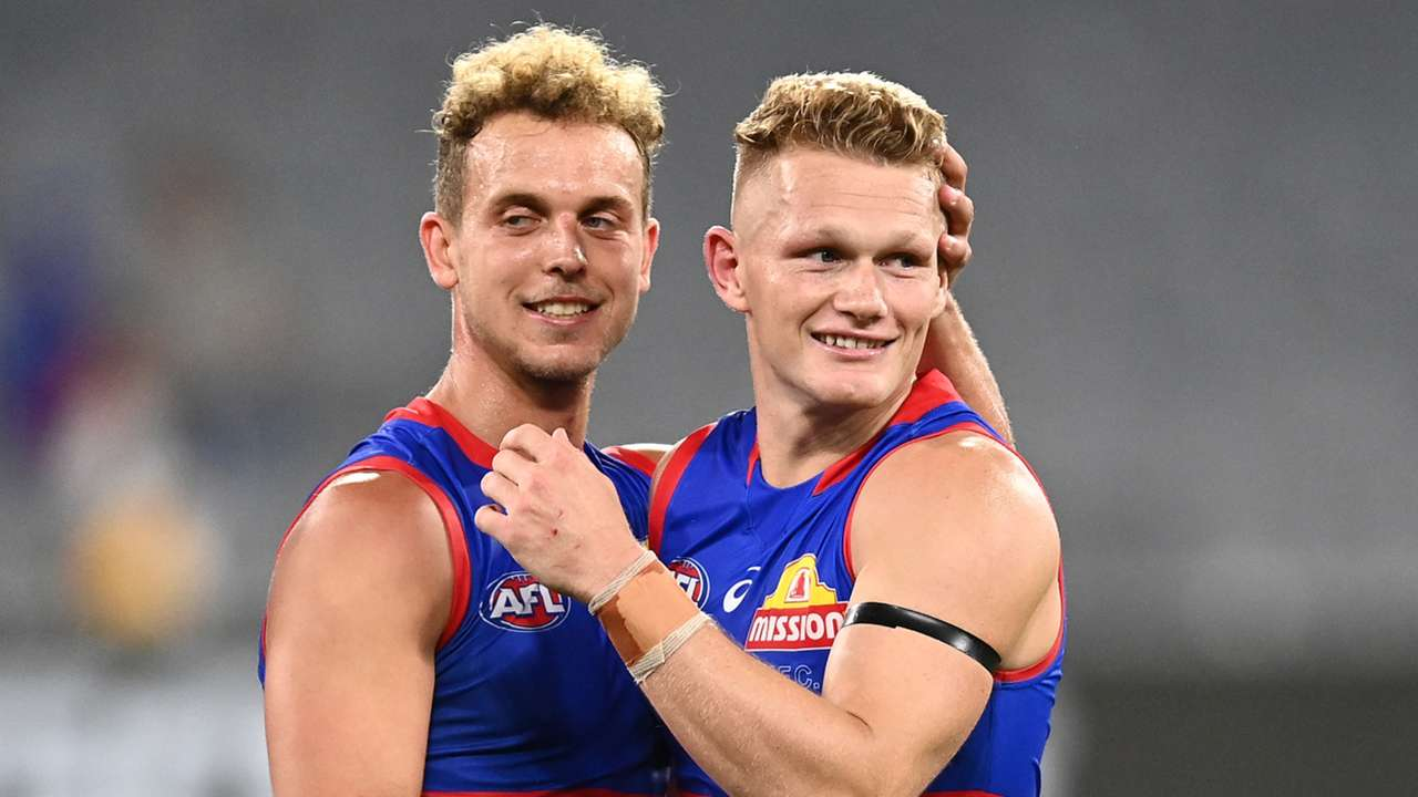 Mitch Wallis Adam Treloar Bulldogs