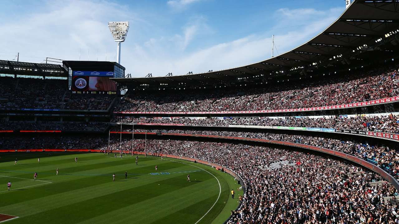 AFL crowd
