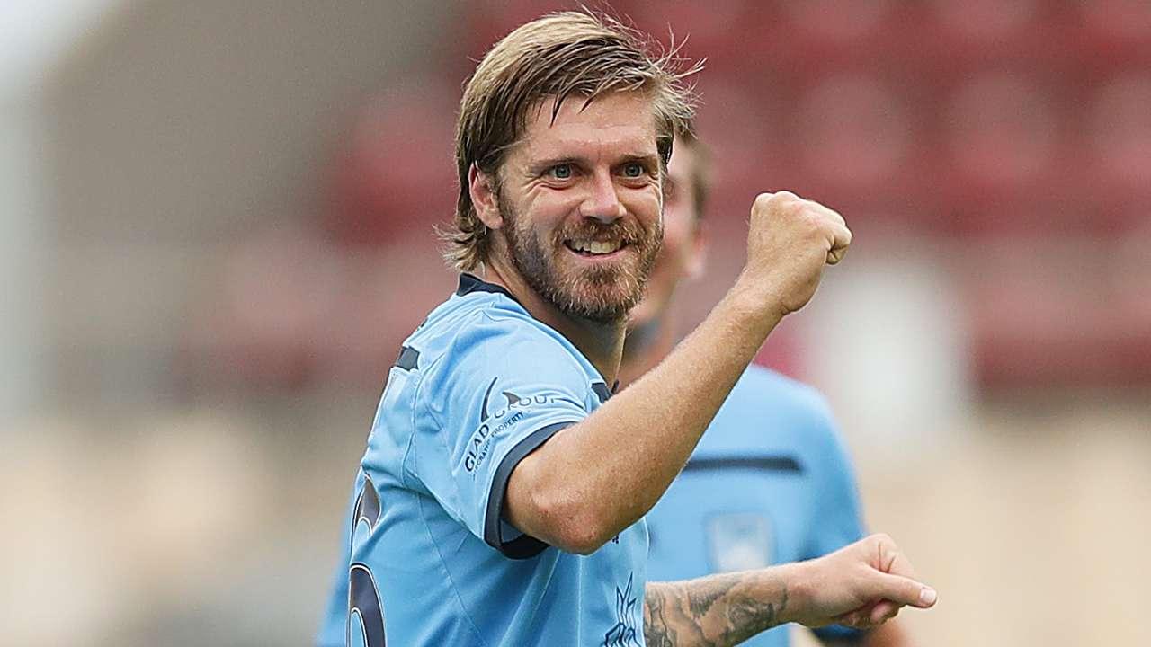 Luke Brattan Sydney FC