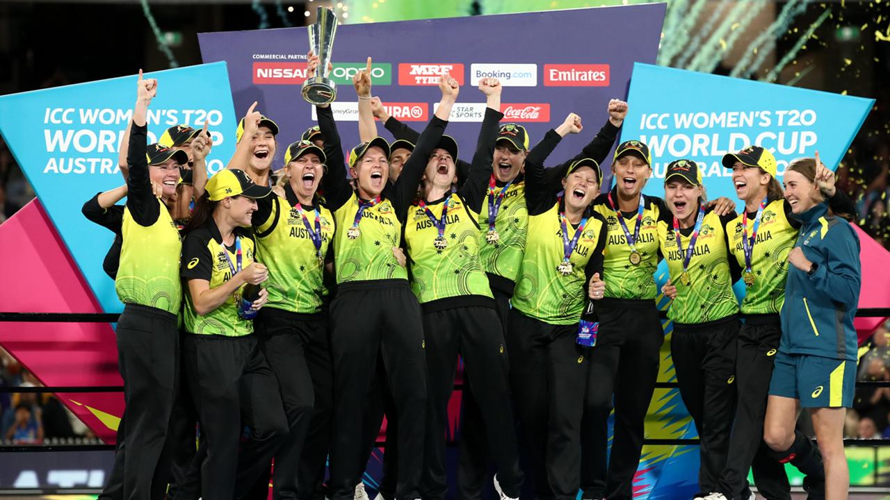 aus cricket trophy lift