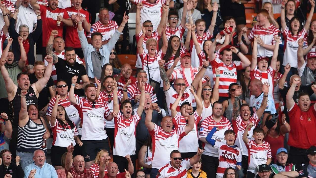 Leigh fans