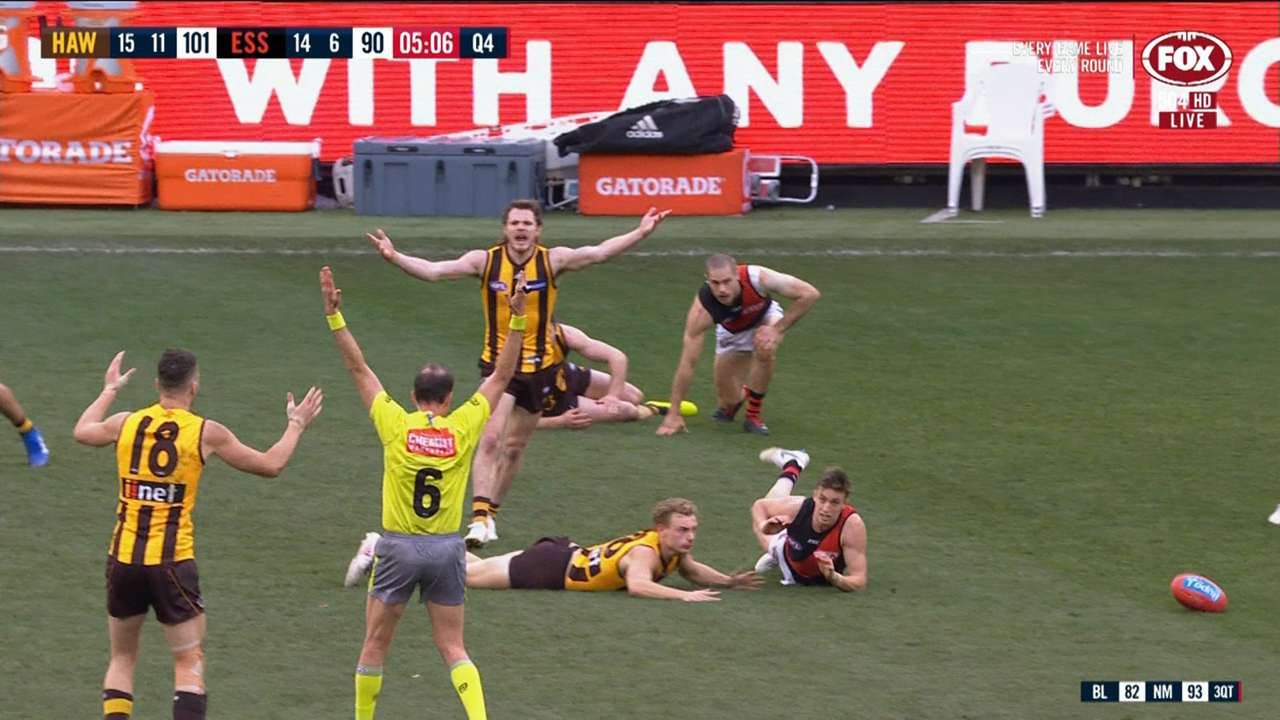 #essendon hawthorn advantage rule