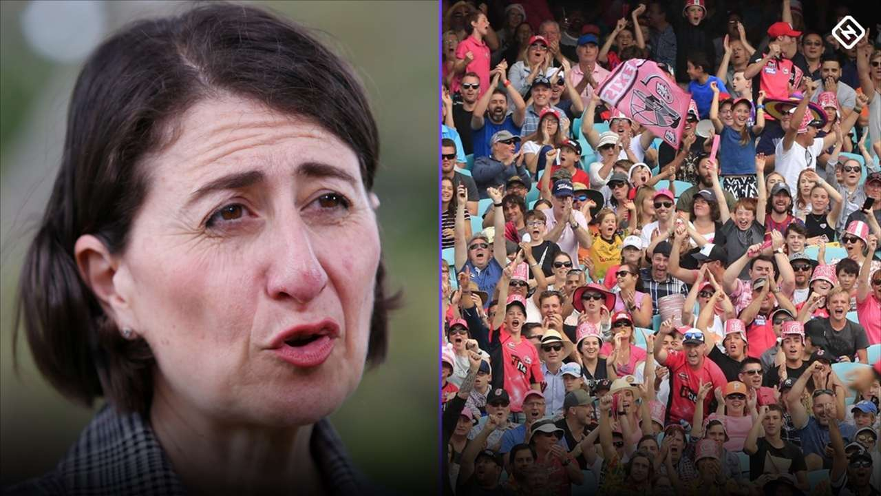 Gladys crowds split