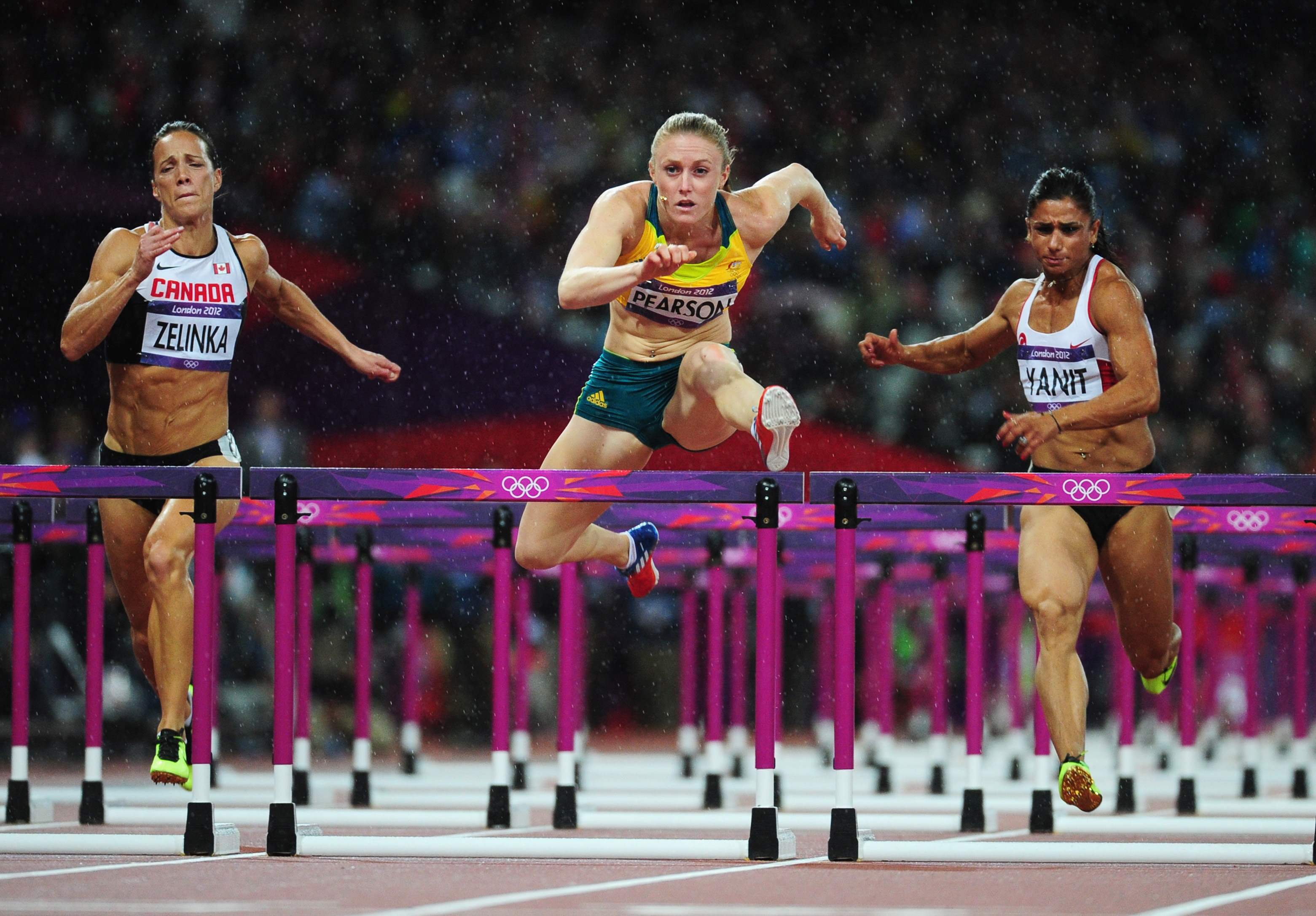 olympic hurdler pearson - HD3122×2173