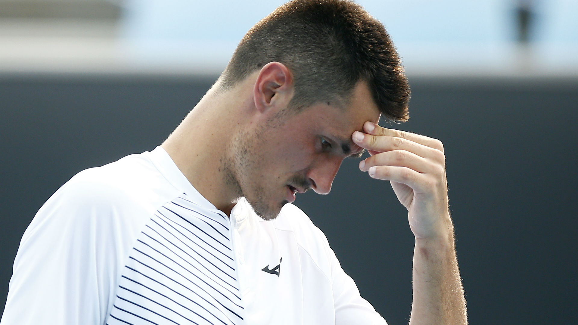 Questions asked after bizarre moment during Bernard Tomic's Delray Beach Open qualifying defeat
