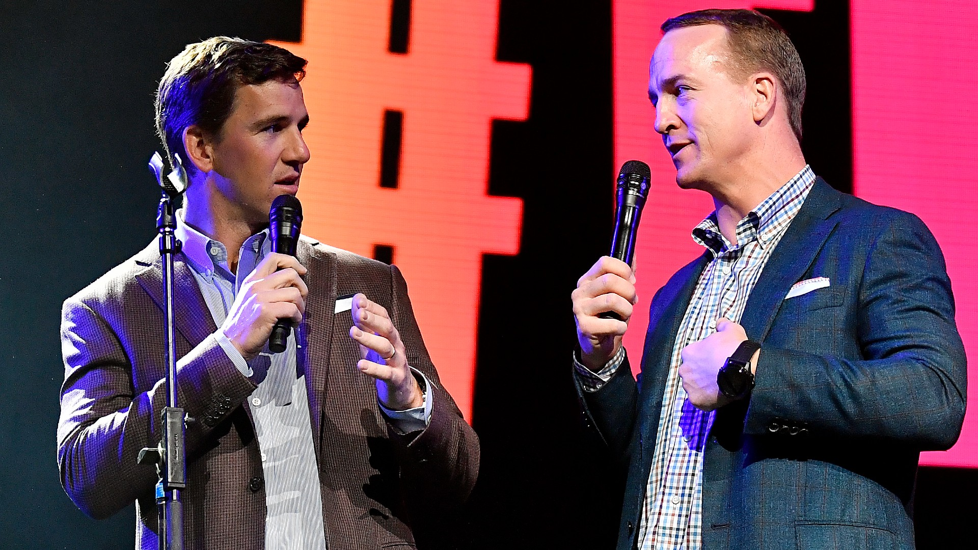 Why ESPN's Peyton and Eli Manning broadcast is only right way to watch 'Monday Night Football'