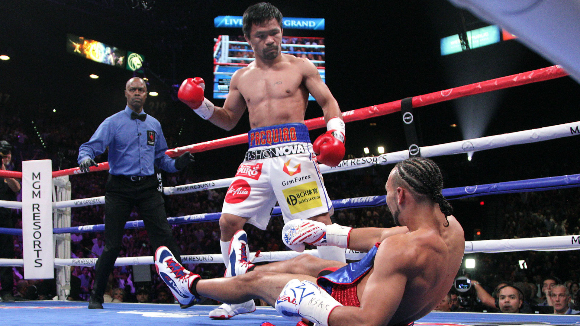 Manny Pacquiao turns back the clock in victory over Keith Thurman ...
