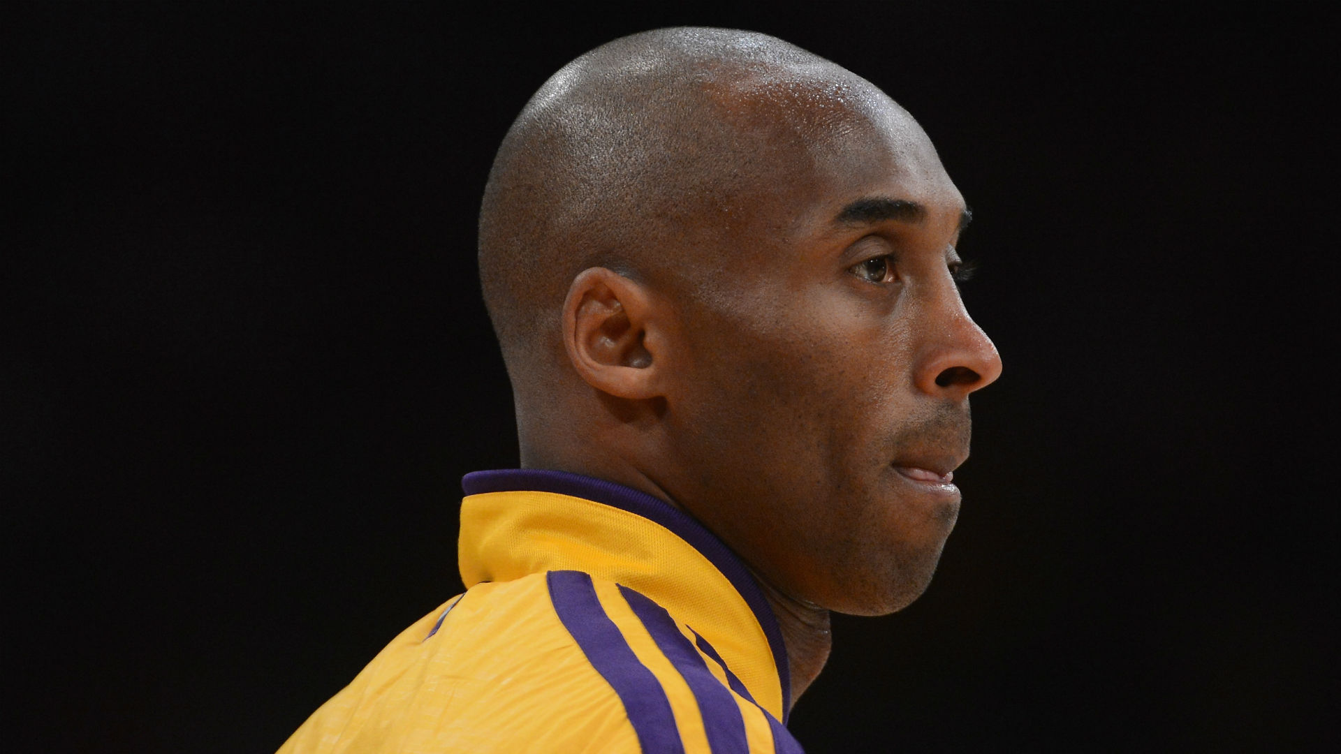 Kobe Bryant dead at 41: Sports world reacts to death of basketball legend