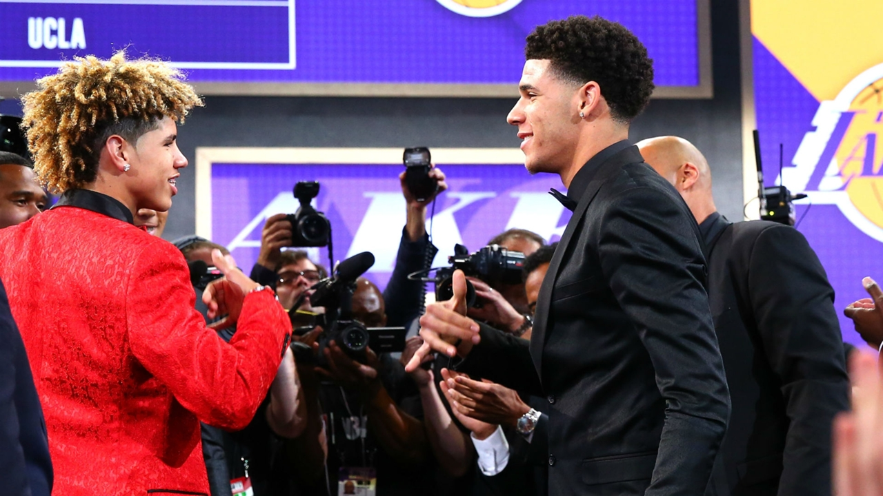 Lamelo Vs Lonzo Ball Comparison Can Baby Brother Become The Best Ball In The Nba Sporting News