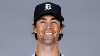 Hamels-TIGERS-070615-MLB-FTR.jpg
