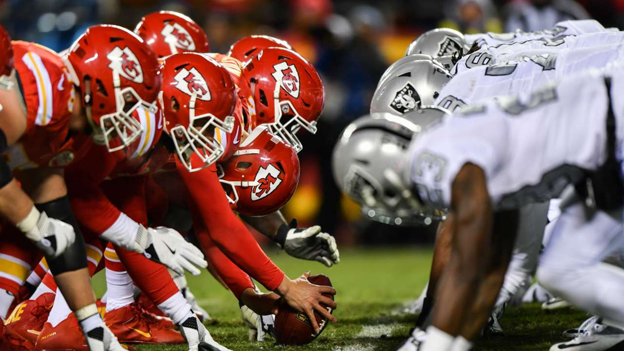 Chiefs-Raiders-101917-Getty-FTR.jpg