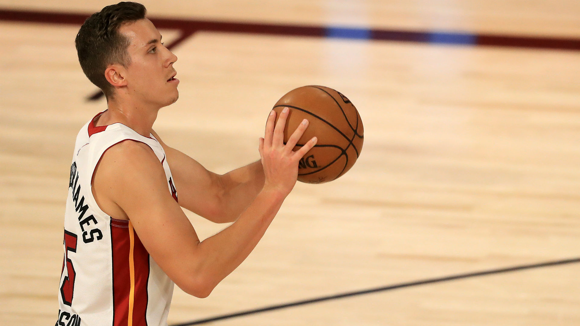 How Heat S Duncan Robinson Went From A Division Iii School To Starting In The Nba Finals Sporting News