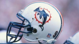 Dolphins-helmet-081717-Getty-FTR.jpg
