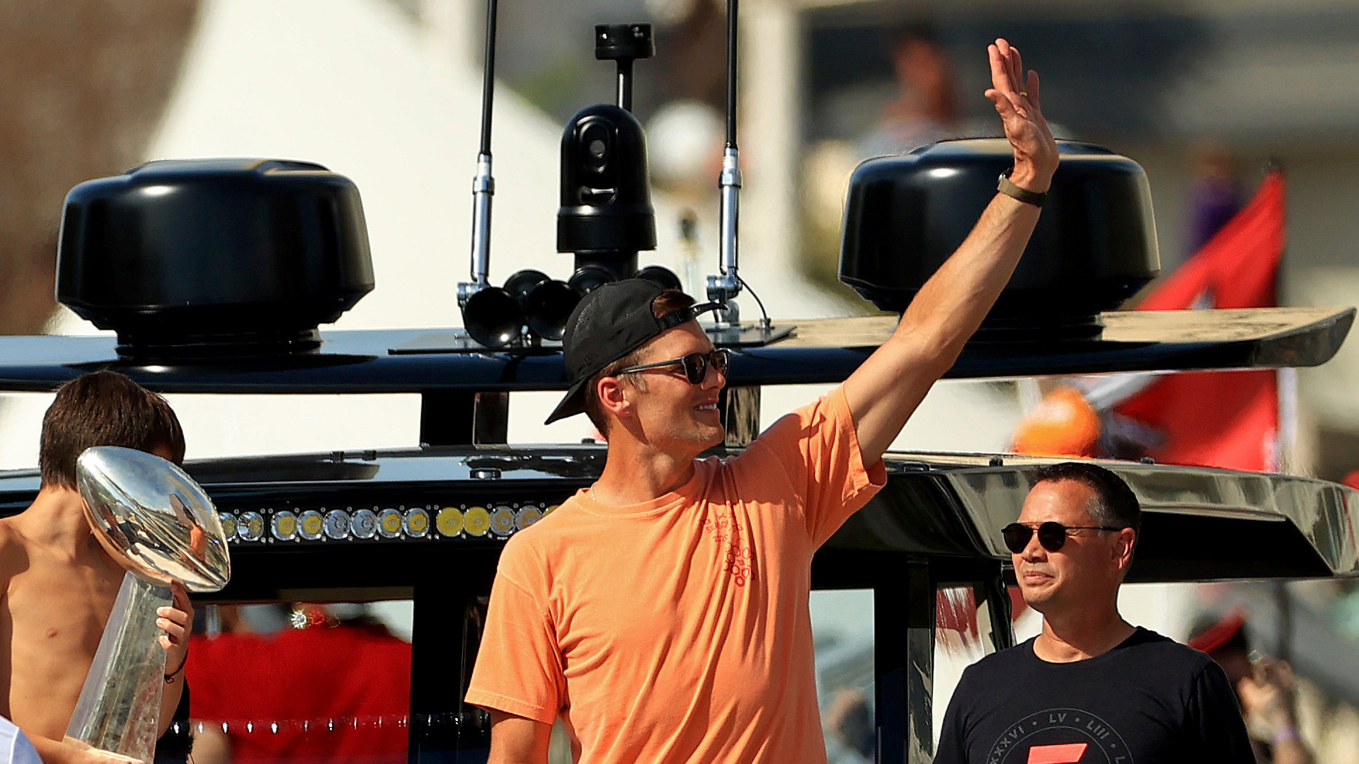 Tom Brady has little memory of boat parade, Lombardi trophy toss; admits he was a bit hammered