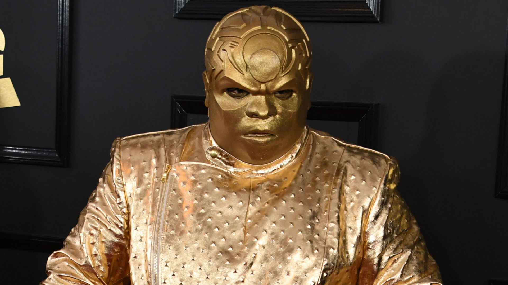 Ceelo Green Shows Up To Grammys Looking Like A Gold Sports Trophy Sporting News