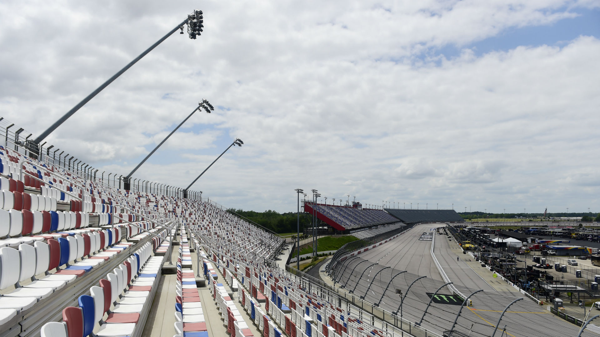 NASCAR race weather: How long will rain in Darlington forecast delay Thursday's Xfinity Series race?