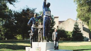 Smith-Carlos-statue-082117-FTR.jpg