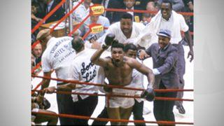 Ali-vs-Sonny-Liston-060316-AP-FTR.jpg