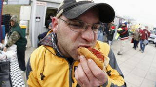 Martinsville-Hot-Dog-031915-FTR-Getty.jpg