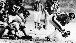 Broncos Packers 1984-102215-AP-FTR.jpg