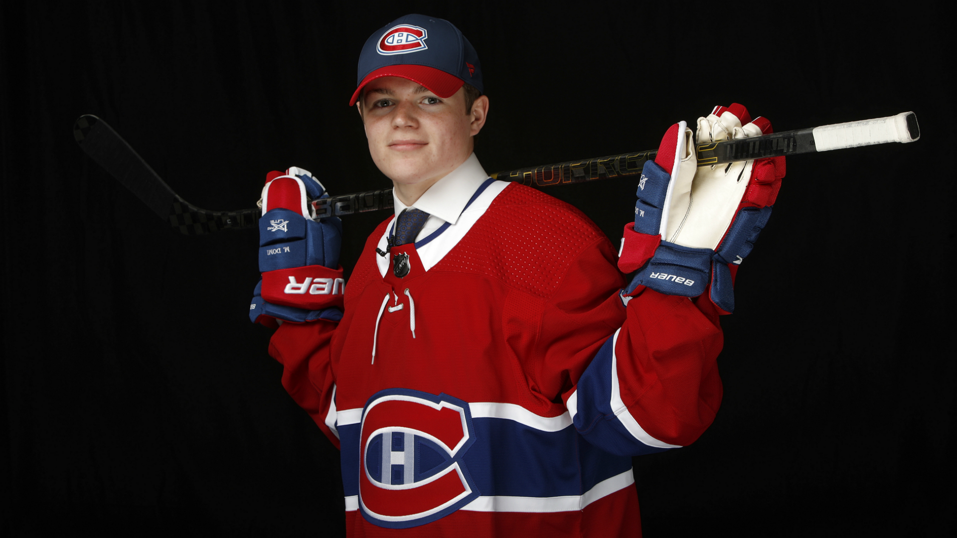 Canadiens prospect Cole Caufield to stay at Wisconsin