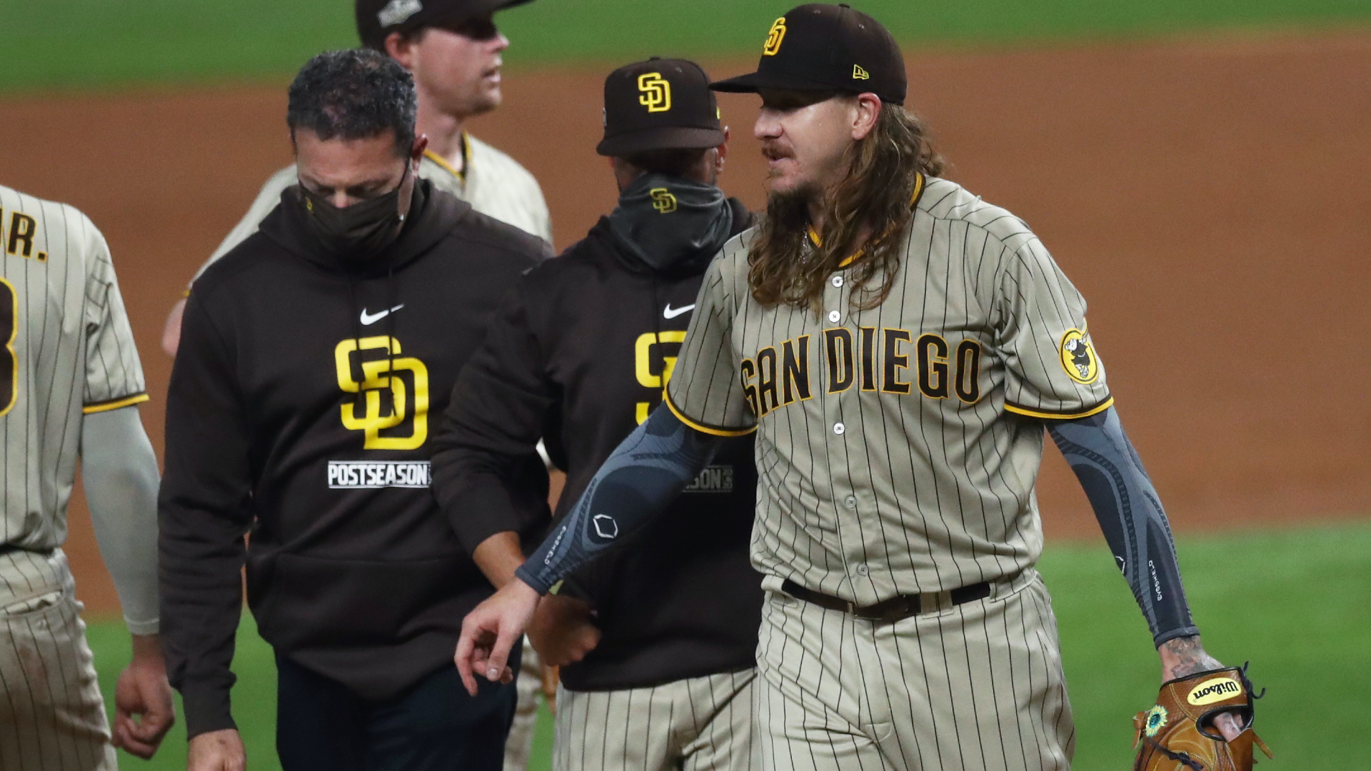 Mike Clevinger injury update: Padres forced to pull starter in Game 1