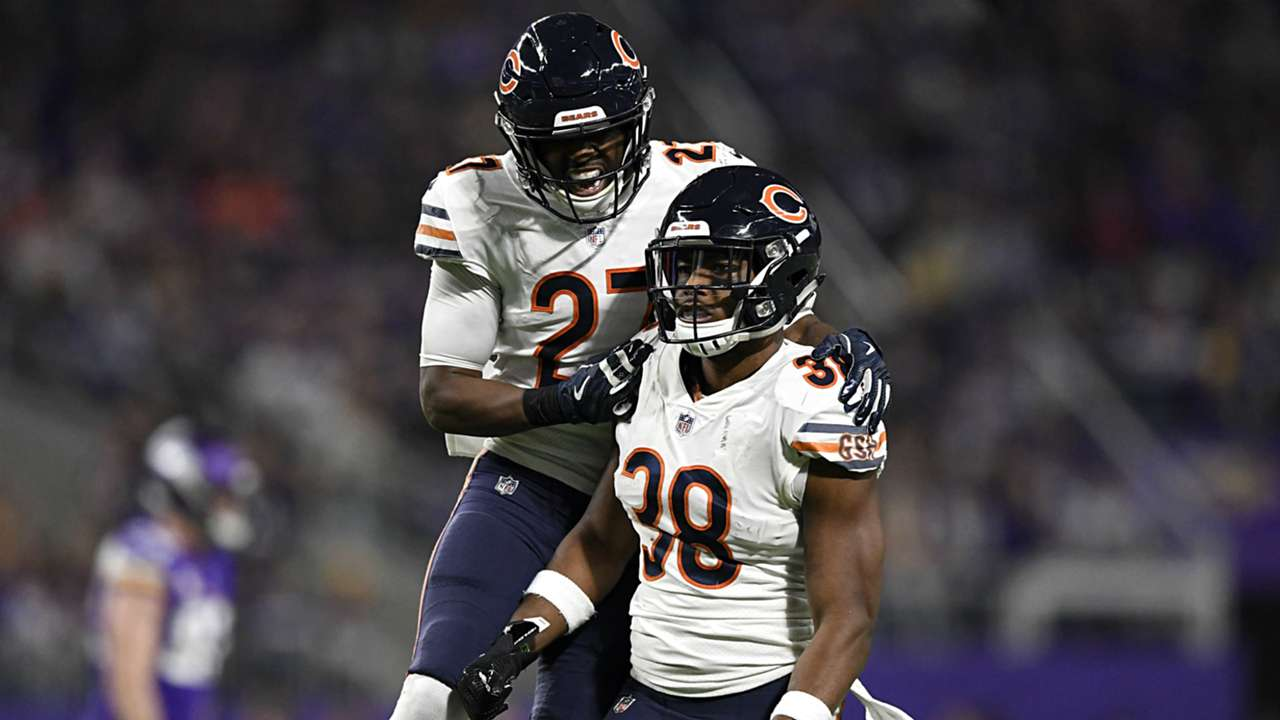 Chicago-Bears-defense-123018-Getty-Images-FTR