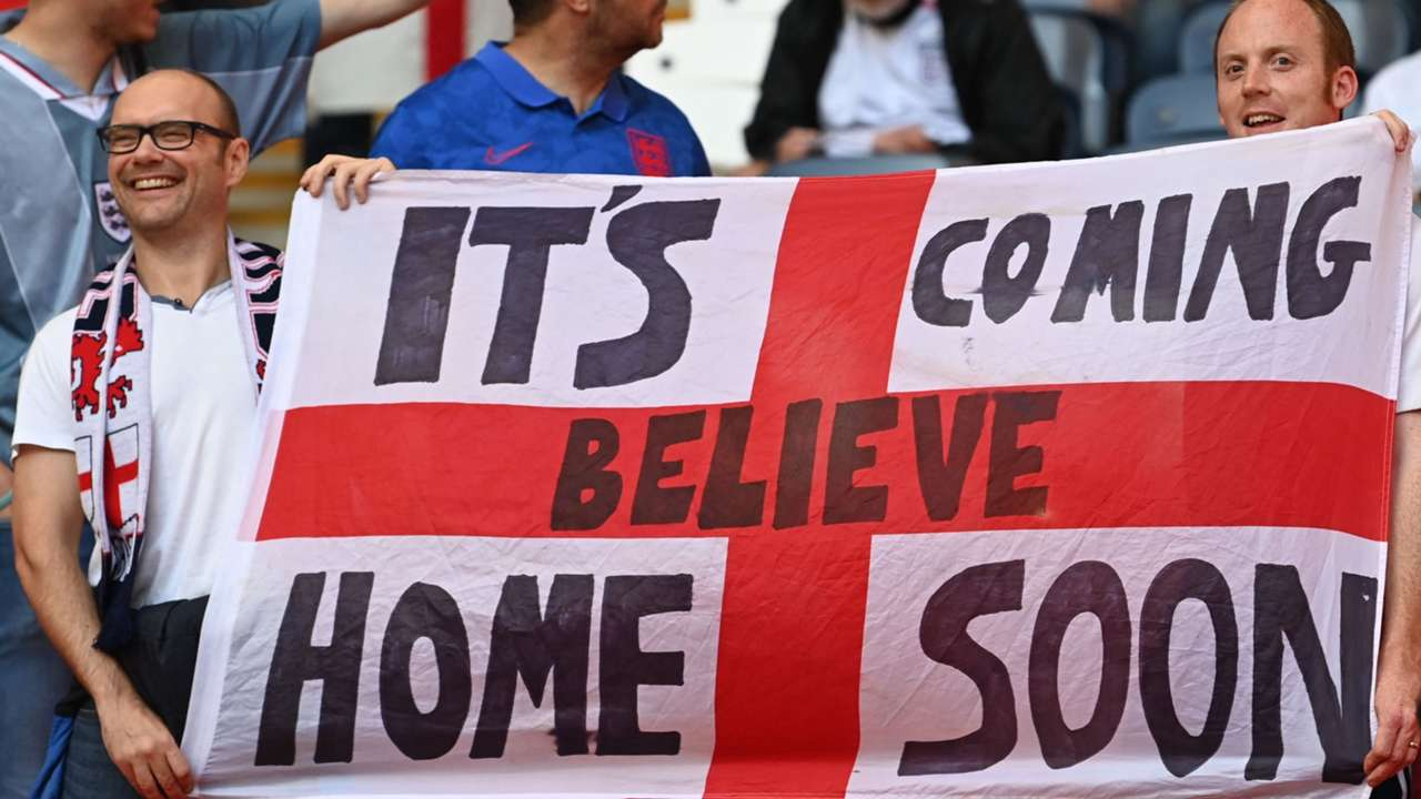 England supporters - Euro 2021 - It's coming home