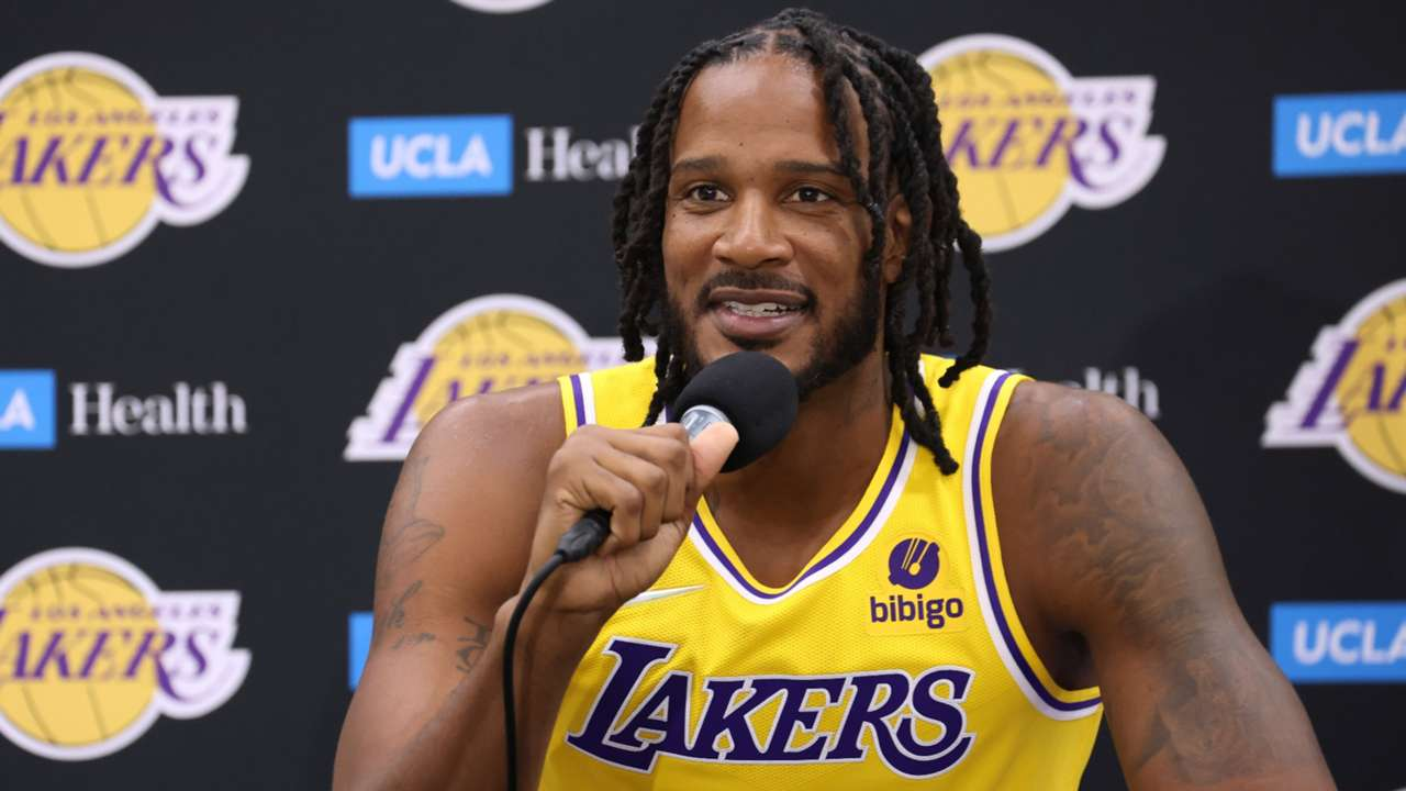 Trevor Ariza speaks during Los Angeles Lakers media day