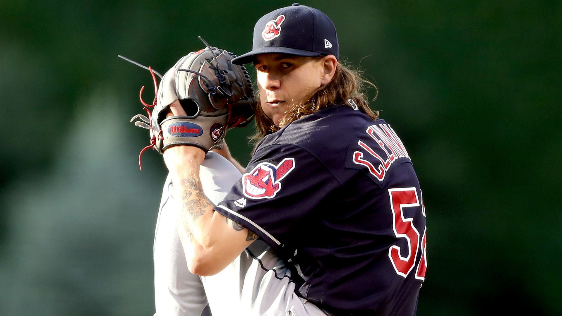 Indians' Mike Clevinger reportedly deceives team, flies with club after going out in Chicago 1