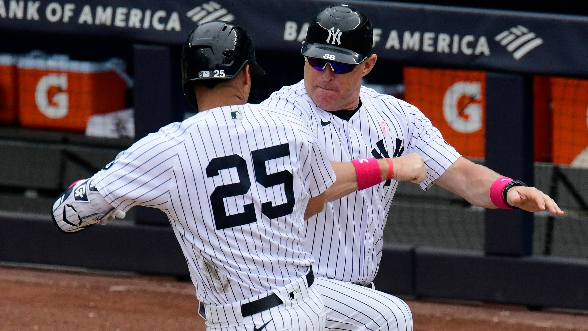 """The Yankees expected Phil Nevin to play with Ray despite COVID's """"positive progress"""""""