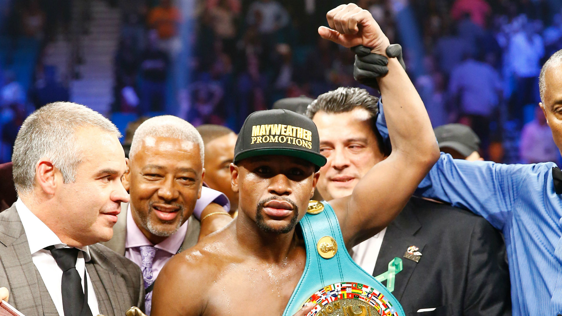 Mayweather vs berto betting odds mt4 binary options signal indicator for es