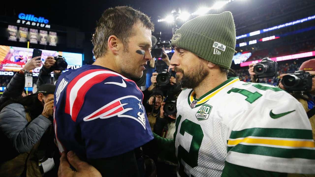 Tom-Brady-Aaron-Rodgers-102021