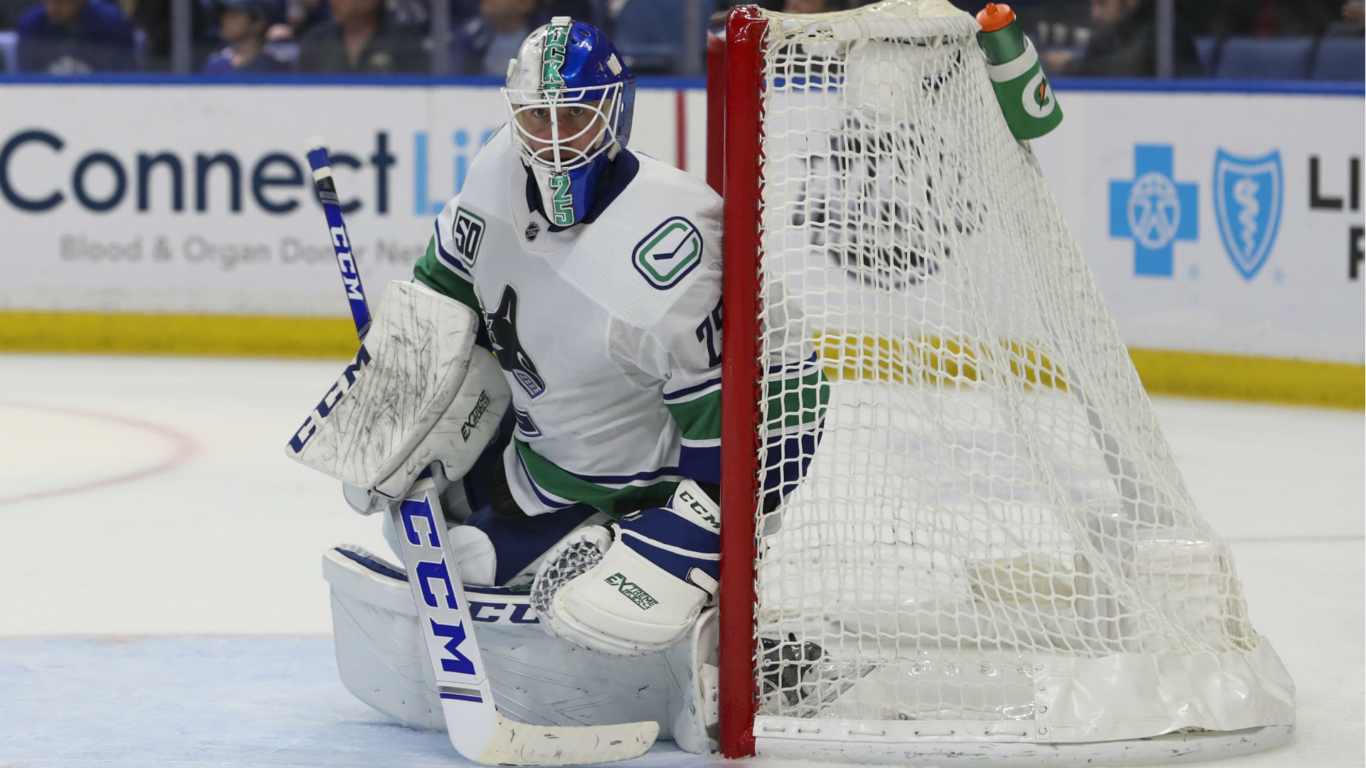 Vancouver Canucks Jacob Markstrom Makes Highlight Reel Save In Win Over San Jose Sharks Sporting News