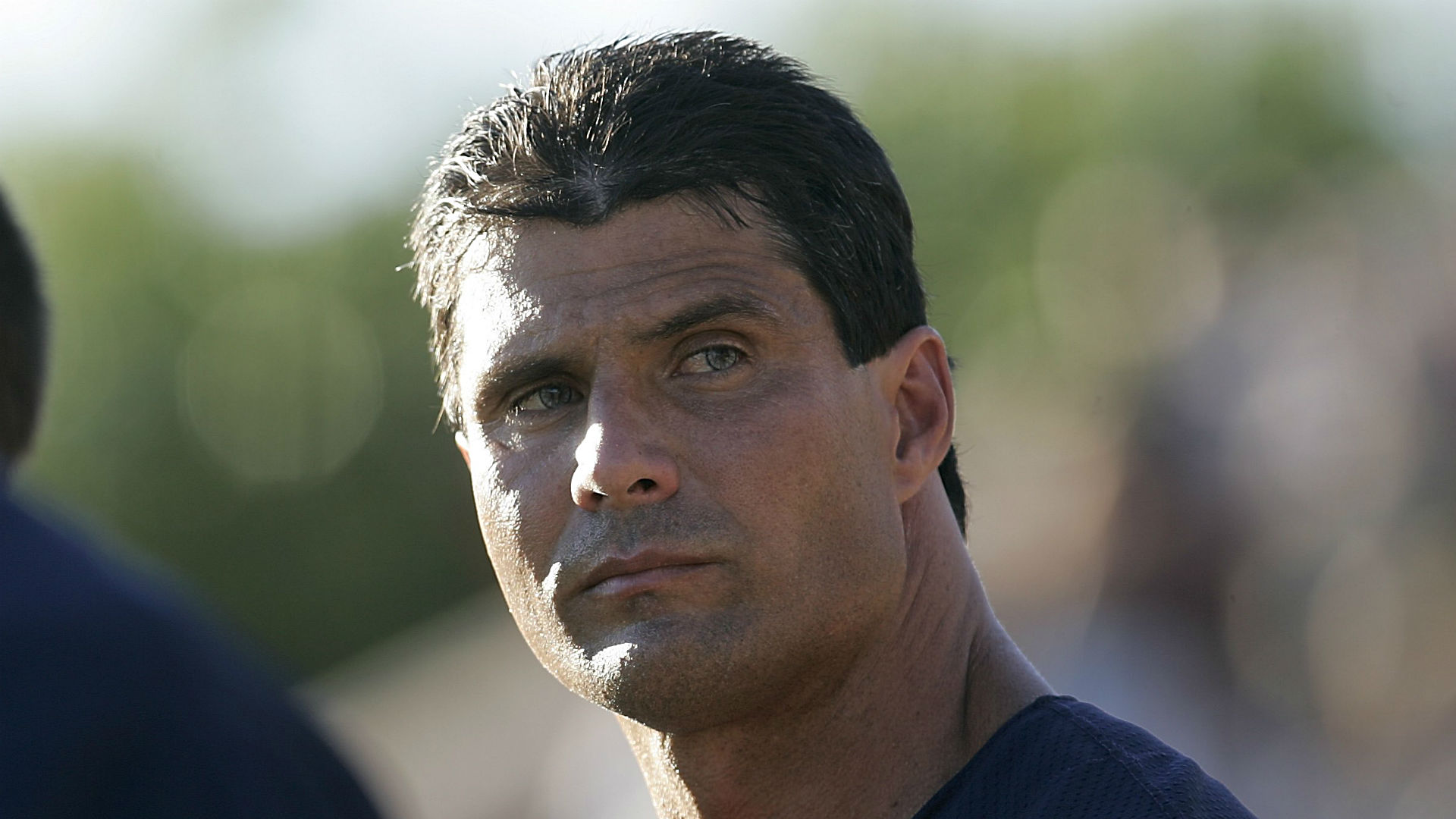Jose Canseco goes down easily 10 seconds into Barstool PPV fight