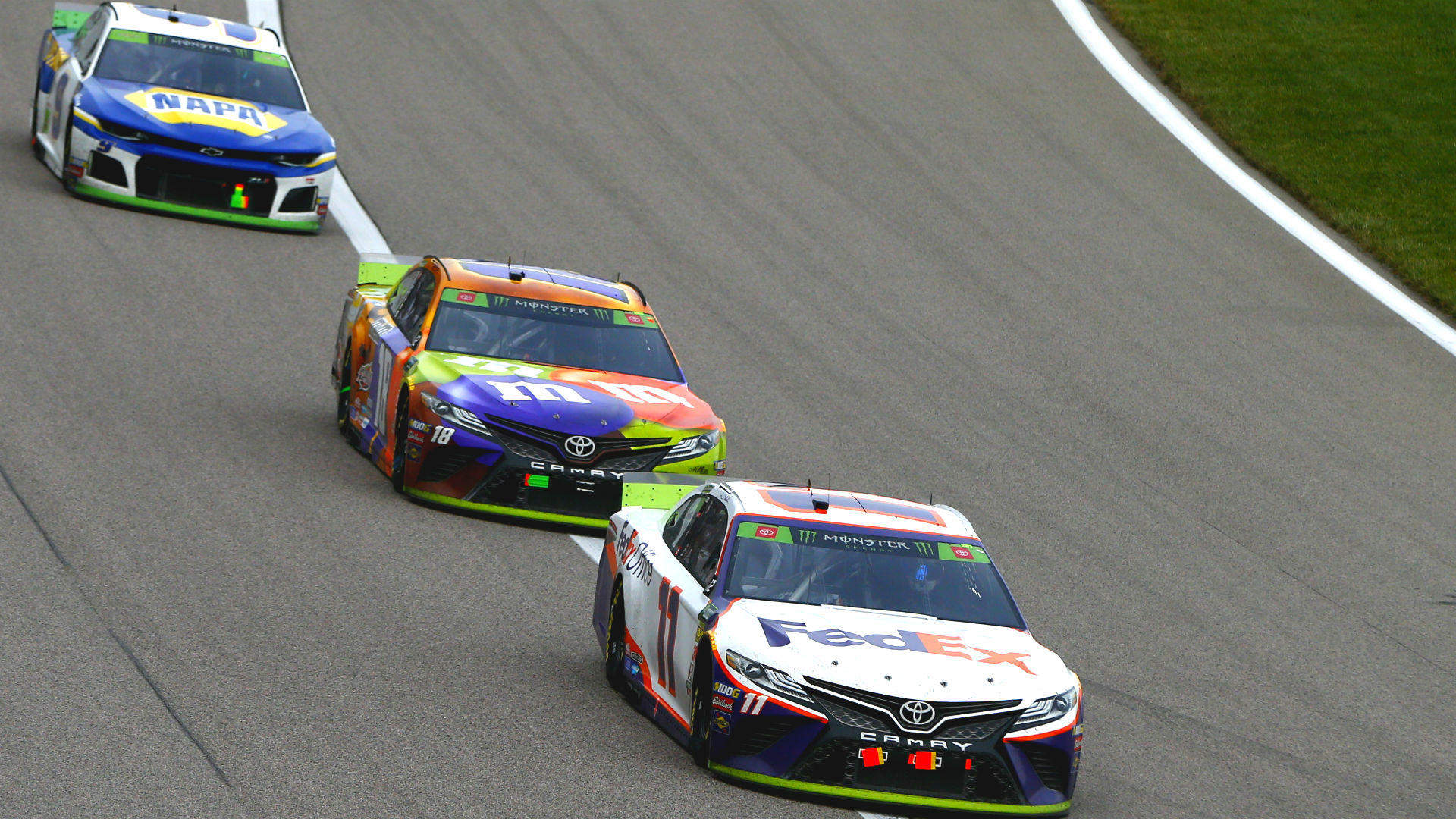 Nascar Pole Position >> Nascar Starting Lineup At Phoenix Top 10 Loaded With