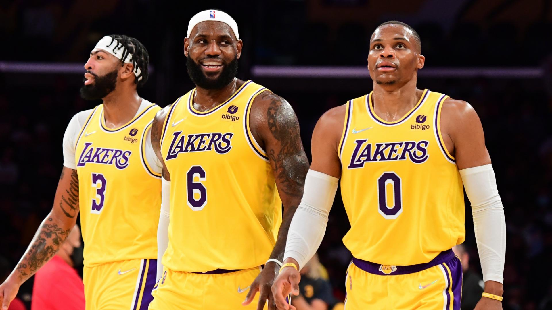 NBA 2021-22 cover image