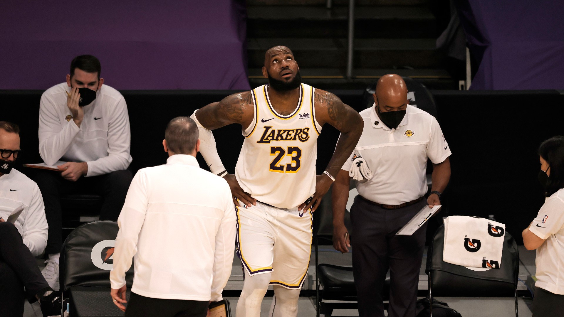 How long is LeBron James out? Injury timeline, return date, latest updates on Lakers star